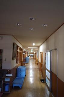 歩行訓練・こども園といっしょのよい利点・・・廊下が長い