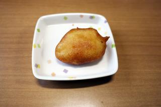 きょうのおやつは、りんごドーナッツでした。