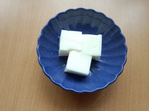 今日のおやつは【牛乳かんてん】です