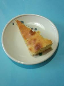 今日のおやつは【バナナケーキ】です。