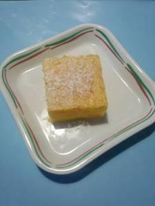 今日のおやつは【人参ケーキ】です。