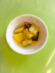 今日のおやつは【さつま芋のゆず煮】です。